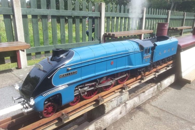 LNER A4 Mallard 4468 - 5 Inch, Live Steam Locomotive